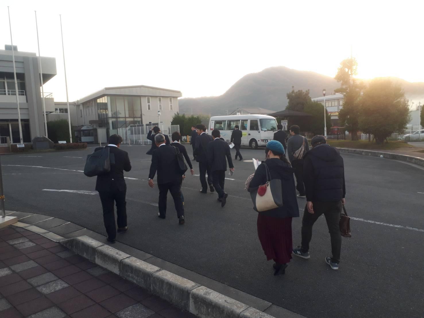 近畿地区の経済人を香芝案内